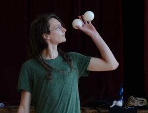 jonas jongliert